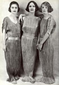 A photograph of Lisa, Anna, and Margot Duncan wearing Delphos dresses.