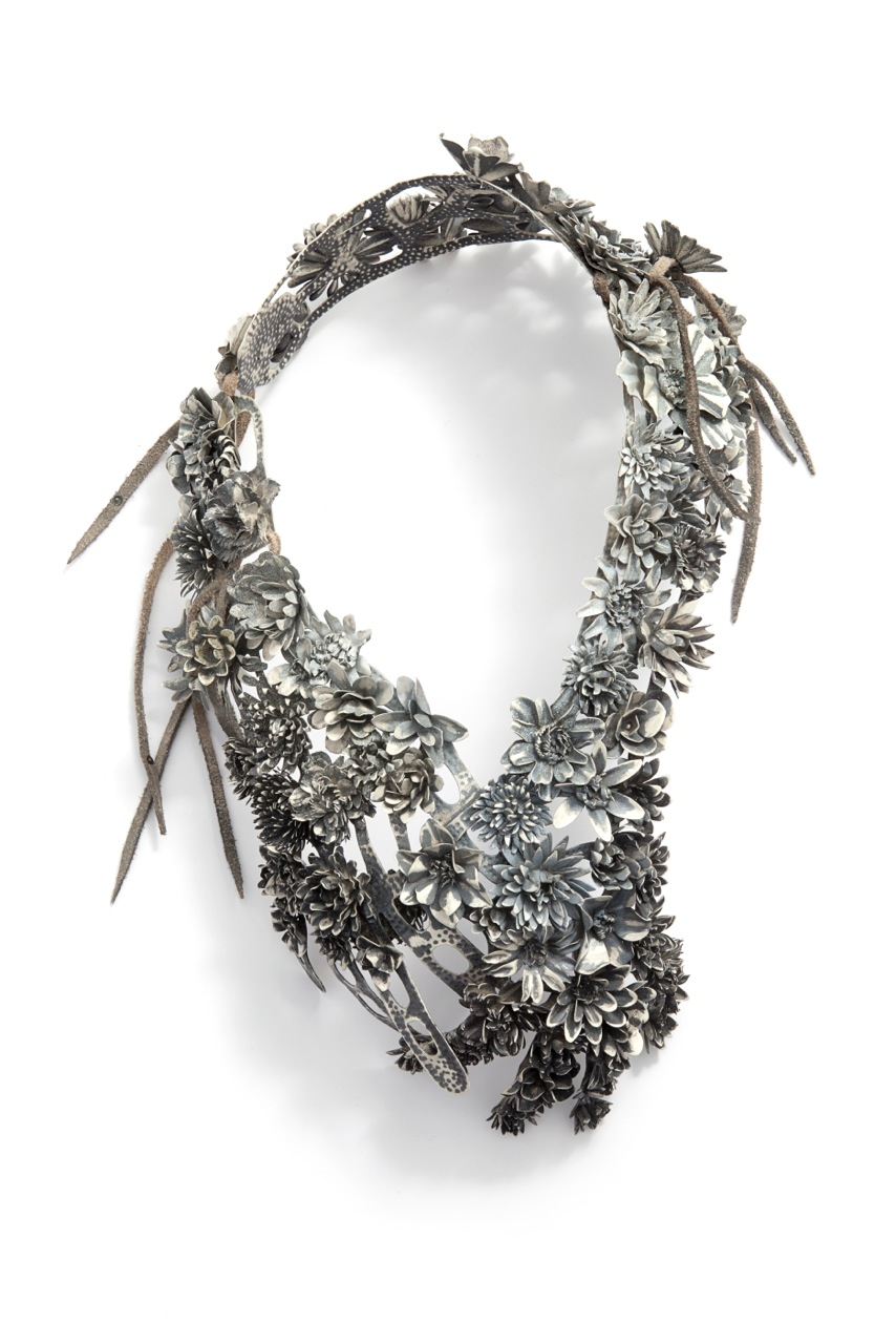 "Hanna Hedman, ""Black Bile"", 2013. Necklace. Silver, leather, copper and paint. Image courtesy of Hanna Hedman and Ornamentum Gallery."
