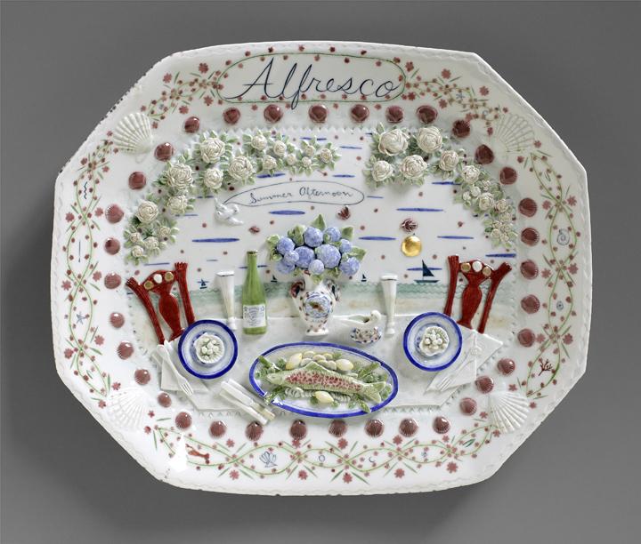 """Mara Superior, """"Alfresco"""" 2011, porcelain, gold leaf, 10 x 20 x 2.5″."""